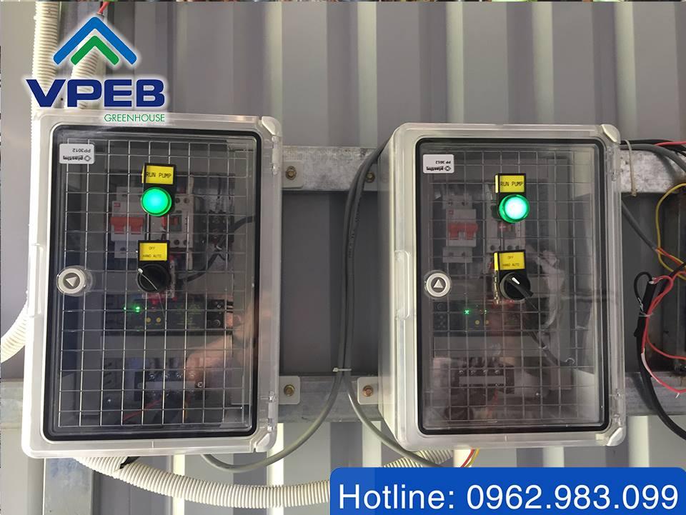 Thiết bị điều khiển hệ thống tưới nhỏ giọt Israel sử dụng tại Farm VPEB GREENHOUSE - Q9, Tp HCM